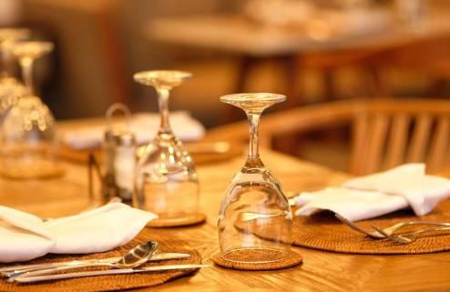 sagara-candidasa-restaurant-4-1562227947.jpg