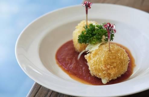 sagara-candidasa-restaurant-5-1562227954.jpg
