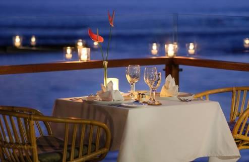 sagara-candidasa-romantic-dinner-1562226895.jpg